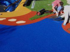 Устройство покрытий детских площадок и требования к ним